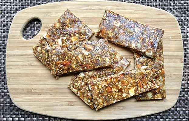 Energy nut bars