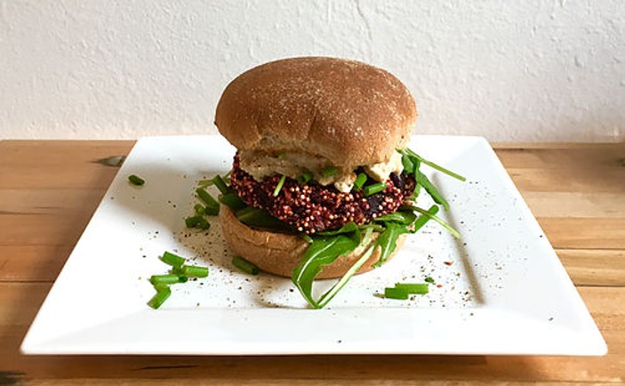 Red Beet-Quinoa Burger