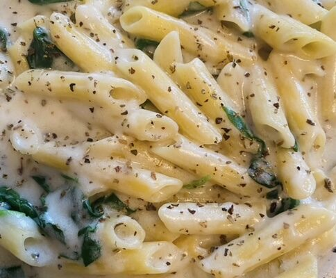 Spinach Pasta with Coconut Sauce